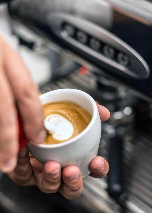 how to serve a caffè macchiato